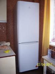 продам холодильник Индезит б/у